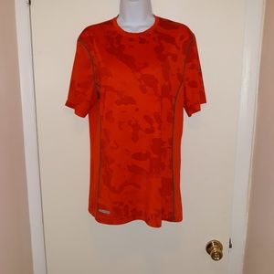 Under armour heat gear work out shirt